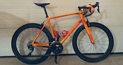 Orbea Orca M30 Carbon Cycle 50mm Carbon Wheels Carbon Handlebar