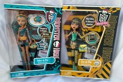 Monster High Sisters Cleo And Nefera De Nile Doll Lot Rare 2010/2011 New Nrfb