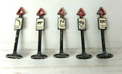 Matchbox Lesney Accessory Pack No. A4 Road Signs Die Cast Metal Vintage X 5