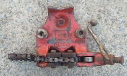 Reed Cv6 Top-screw Bench Chain Vise, 1/4 To 6 Pipe Capacity, Ridgid
