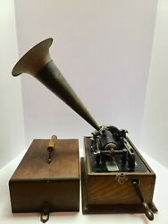 Antique Working 1898 Edison Standard And039suitcaseand039 Oak Wind-up Cylinder Phonograph