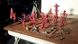1950s Marx Red Indians W/dark Gray Teepee/totem Fort Apache Western Playset
