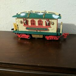 New Bright Holiday Express Train Reindeer Stable Car Dillards Green Sign Rare