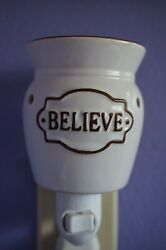 Scentsy plug in warmer quot;BELIEVEquot; White brown