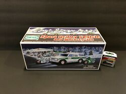 1964-2004 40th Anniversary Hess Toy Truck Brand New In Box. Free Shipping Mint