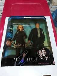 """Mattel Barbie """"the X Files"""" Barbie And Ken As Scully And Mulder Nib Nrfb 1998 Collec"""