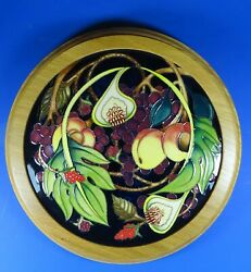 Moorcroft Queen's Queens Choice Round Wall Plaque Emma Bossons Rrp £440
