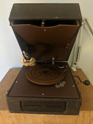 Vintage Silvertone Portable Wind Up Record Player See Notes