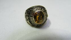 Sigep Illinois Institute Of Technology 10kt Solid Gold Ring Sigma Phi Epsilon