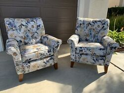 Set Of Lazy Boy Thorne Reclining Chairs