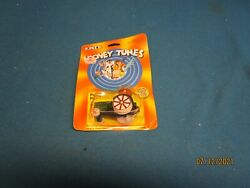 Ertl Looney Tunes Porky Pig On Tractor 1/64 Scale New In Package 1989