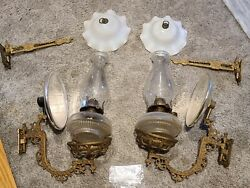 Antique Pair Victorian Wall Sconce Oil Lamps W/brackets, Reflectors And Top Shades