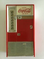 coca Cola Vintage 1960s Transister Am/fm Vending Machine Radio And Case And Earbuds