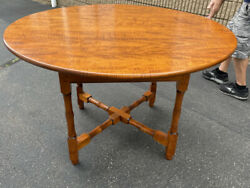 D. R. Dimes Round Tiger Maple Dining Table Excellent Condition Strongly Figured