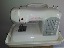 Singer Athena 2009 Electronic Sewing Embroidery Machine Program Stitch Quilting