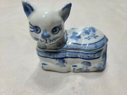 Porcelain Blue And White Cat Trinket Box Asian Cat Jewelry Box Vintage