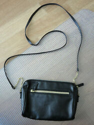 Women#x27;s Crossbody Bag Black Bag with Gold Chain and Leather Strap $5.99