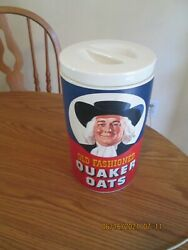 Vintage 1977 Old Fashioned Quaker Oats Ceramic Oatmeal Cookie Jar Canister