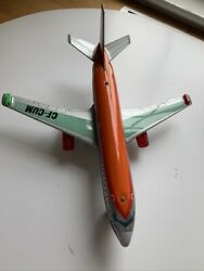 VINTAGE CP AIR AIRLINES CF CUM BATTERY OPERATED TIN AIRPLANE MADE IN JAPAN