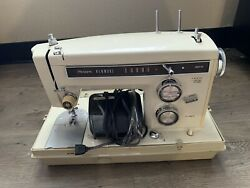 Vintage Sears Kenmore Portable 158.14310 Sewing Machine With Case - Untested