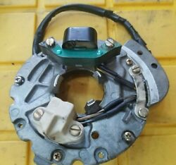 1979 Evinrude Johnson 6 Hp Plate And Sleeve, Coil And Lamination Magnito Assembly