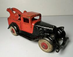 Hubley Red And Black Take-apart Tow Truck Wrecker - 6 1/4 Large Size Nice