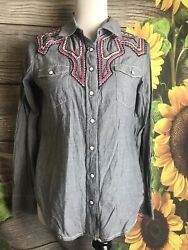 Ryan Michael Women's Embroidered Pearl Snap Button Down Shirt Size Medium $31.40