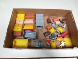 Early Vintage Marx Playset Pieces As Seen In Photo...