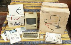Very Rare Apple Macintosh 128k With Original Picasso Box And All Accessories