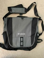 Columbia Laptop Messenger Bag with Shoulder Strap Beautiful Green Olive Water Bo $17.99