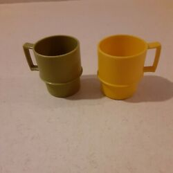 Vintage Child Play Tupperware Mini Set Of 2 Mugs Cups Harvest Toy Dishes