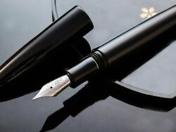 Wancher Dream Lacquer Fountain Pen Black With Roller Stopper 18k Size M / B Psl