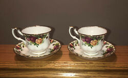 Royal Albert Old Country Roses / 2 Tea Cups / 2 Saucers Excellent Condition