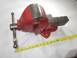 Vise, Chas. Parker And Co., Vintage No. 953-1/2 Bench Vise, Weighs 36 Lbs., Usa