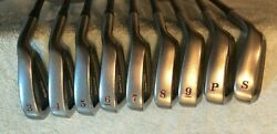 Complete Set Of Golf Irons 3-4-5-6-7-8-9-pw-sw Graphite Shafts R/h