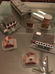 Peco And Various Train Table Buildings