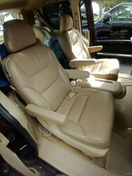 2010 Honda Odyssey Middle Row Leather Seats