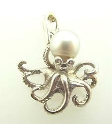 14kt White Gold Cultured Pearl And Diamond Octopus Pendant 23p 585-10016