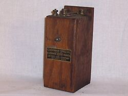 Vintage Cushman Special Detroit Coil Co. Coil Magneto Hit And Miss Stationary Eng