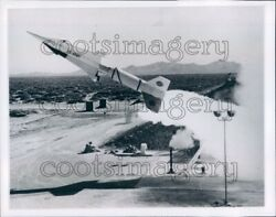 1960 Nike Zeus Missile Launch Mountain Background White Sands Nm Press Photo