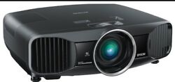 Epson 6030UB LCD Projector. Excellent Projector. Comes With Mount
