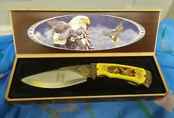 COLLECTORS KNIFE IN CASE AMERICAN EAGLE ---GREAT KNIFE WORTH A LOOK--