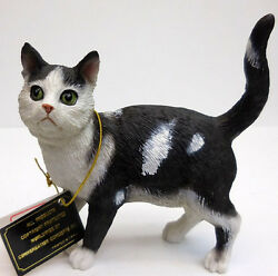 SHORTHAIR BLACK&WHITE CAT FIGURINE STANDING CONVERSATION CONCEPTS ITEM CF12