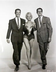 Betty Grable 7x9 Movie Photo How To Be Very Very Popular Co-star Shot Rare Ak966