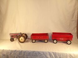 Vintage Tru-scale Grain Wagon And Tractor Farm Toy Parts Lot