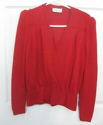 St. John Evening for Saks Fifth Avenue Red Sweater Size Small $29.99