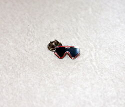 OAKLEY ICON EYESHADES COLLECTOR HAT PIN SUPER RARE $90.00