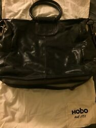 HOBO INTERNATIONAL Sheila Large Tote Leather Black. Excellent Condition!