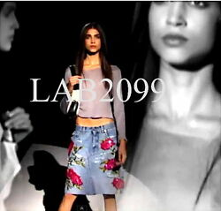 GUCCI by Tom Ford Distressed 1999 'ROSE' Embroidered And Sequined Skirt RARE 42
