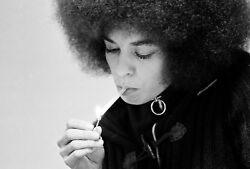 ANGELA DAVIS GLOSSY POSTER PICTURE PHOTO PRINT BLACK PANTHERS WOMEN CIVIL RIGHTS